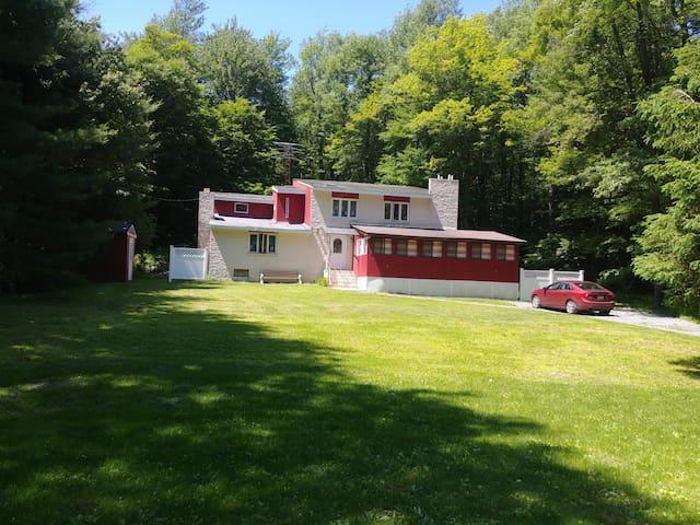 Spacious Pocono Mountain Home