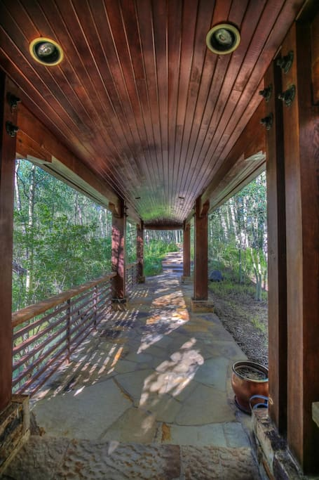 Covered walkway entry