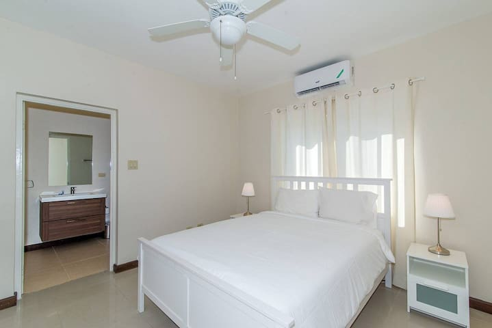 Second bedroom with attached bathroom at Nianna Coral Bay