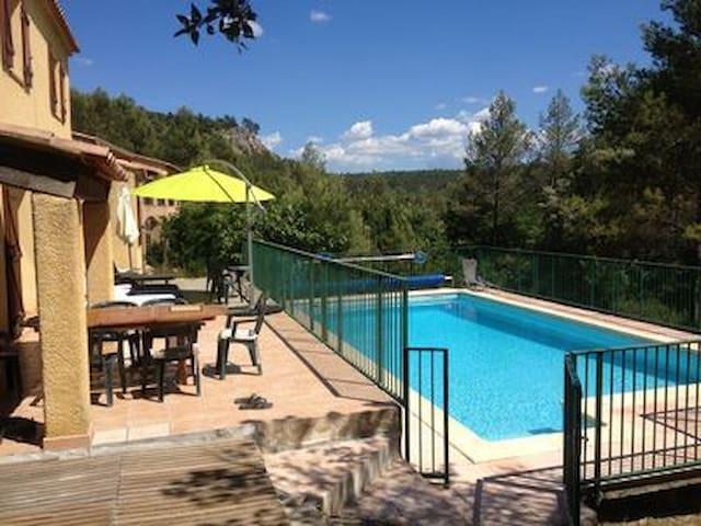 Maison 2 à 10 personnes avec piscine Var  Provence - Vins-sur-Caramy - Huis