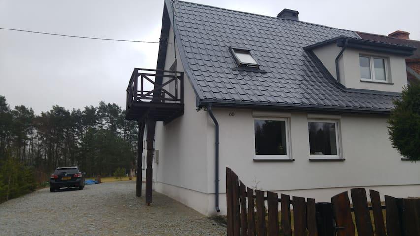 Dom ogrzewany- parter(nad jeziorem) - Strączno - Dům