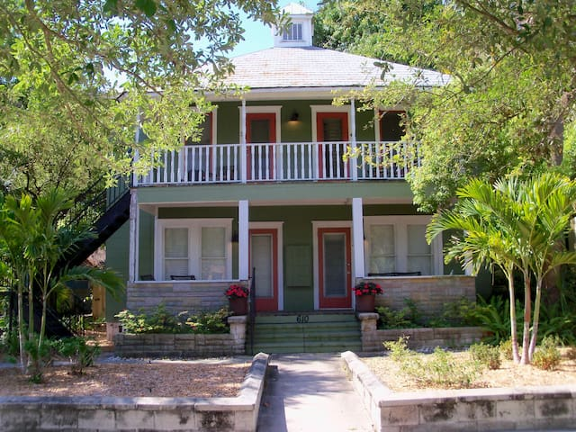 Sunshine City Rentals - St Petersburg, FL #1