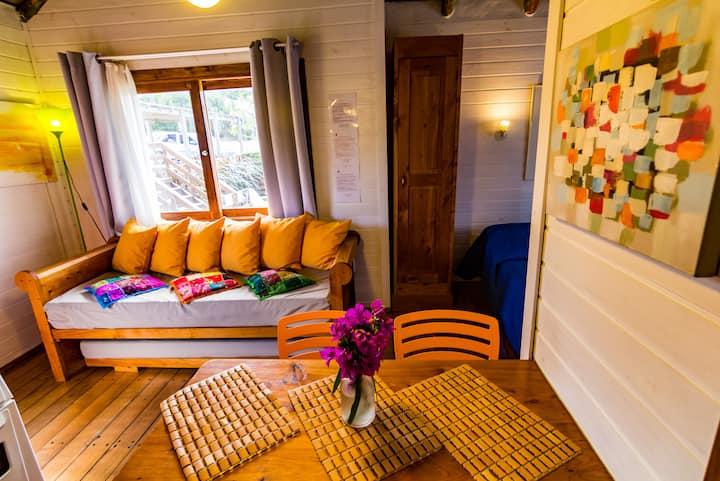 Chic bungalow in lush gardens-Posada Lune de Miel