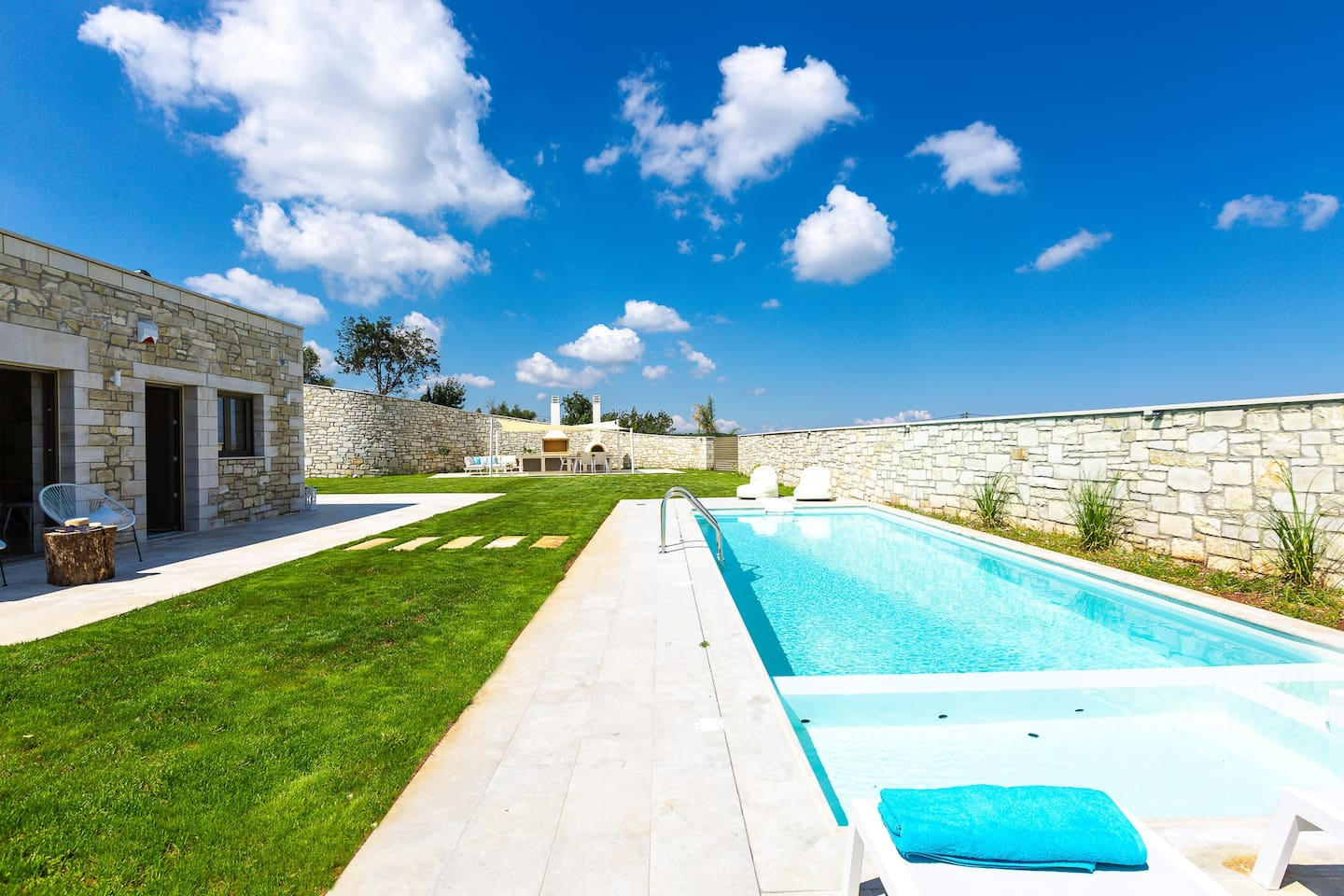 Impressive natural beauty and impeccable countryside views meet the luxurious Thalmargia Villa III, nestled in the picturesque, historical village of Episkopi.