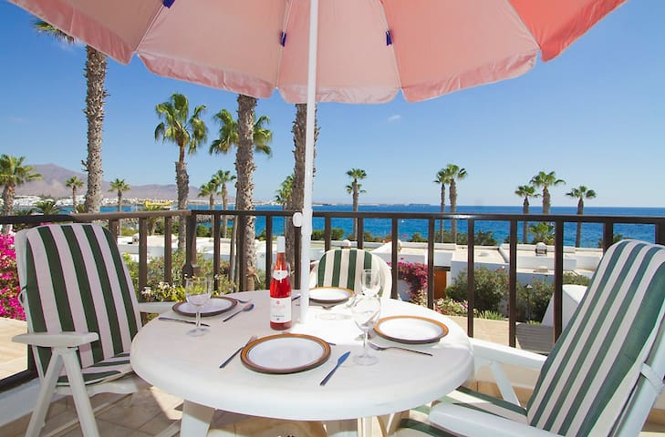 Airbnb Av De Las Canarias Vacation Rentals Places To