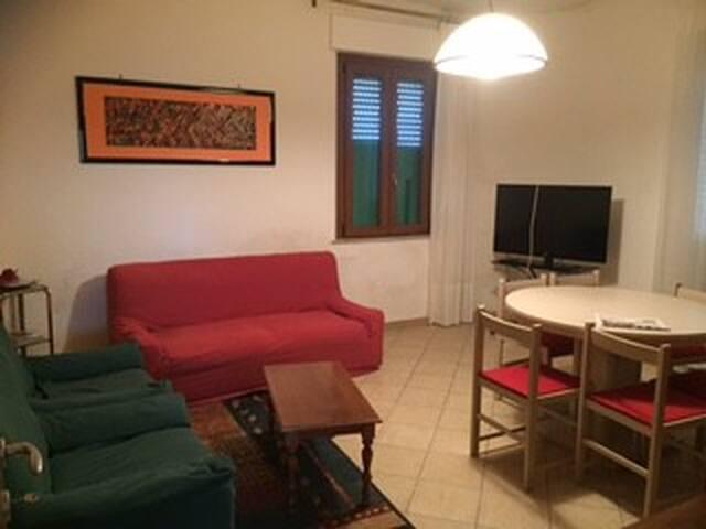 Appartamento fra UMBRIA e TOSCANA al LAGO.