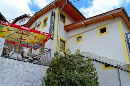 """Your home away from home B&B Pansion """"Stari Grad"""" - Sarajevo - Bed & Breakfast"""