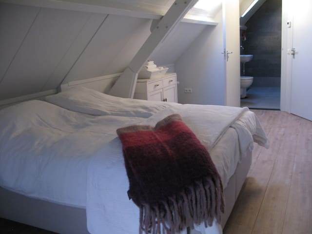 Mooie landelijke sfeervolle kamer  - Moerkapelle