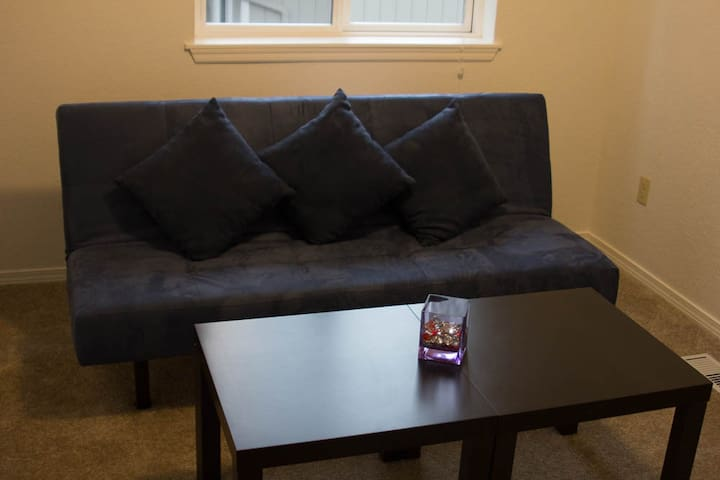 Private room near Microsoft and Redmond Downtown - Redmond - Casa