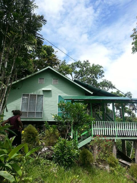 Ulumani Treetops Lodge