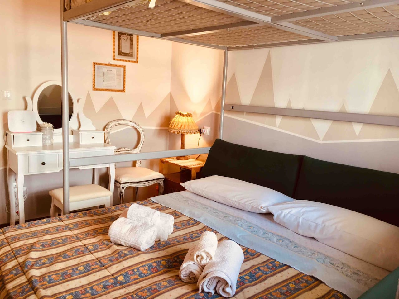 Double bedroom with an additional loft bed. The wi-fi is directly in the room, so the signal is excellent. We provide information on places to visit, trips and excursions as well as affiliated restaurants where you can sample excellent cuisine.