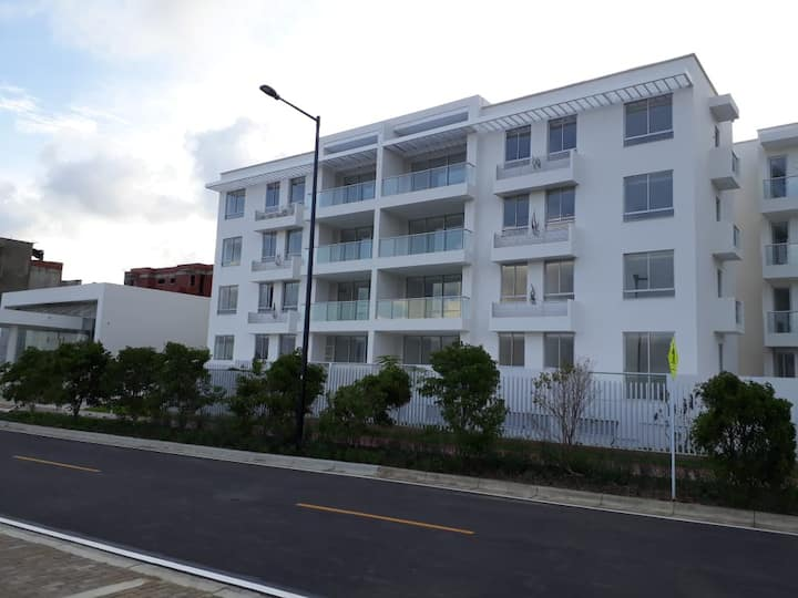 Lindo Apartamento en Serena del Mar edifici Burano