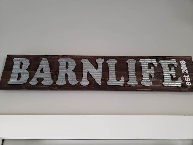 Welcome to BarnLife in Linn Valley Lakes, KS