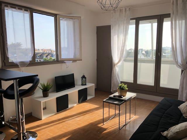 Studio centre ville avec vue sur mer