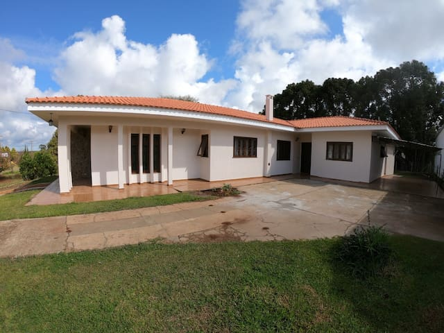 Quarto Triplo em Entre Rios, Guarapuava.