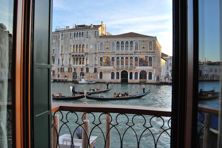 Casa Zucchi | Grand Canal Apartment - Venecia