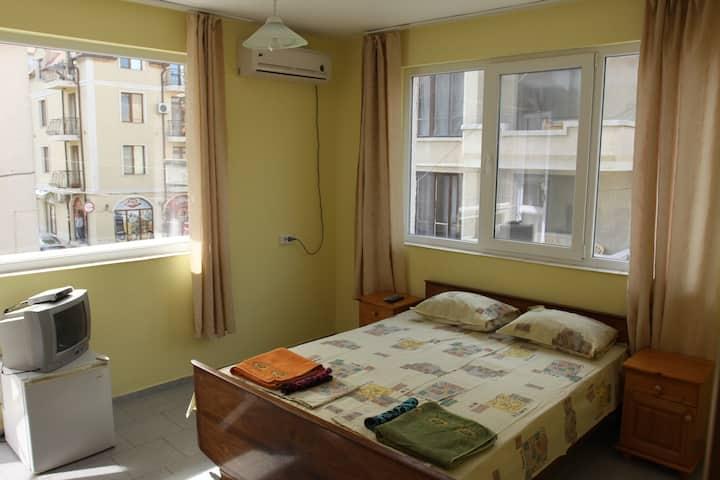 Уютные комнаты в гостевом доме Елены 1