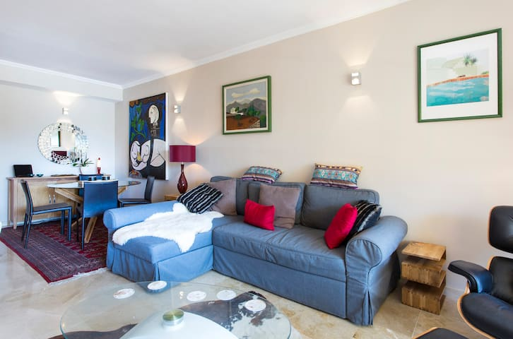 Boutique suite nr Cala Vella, 12 mins from airport - Puigderrós