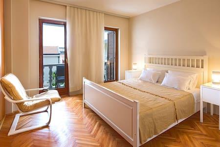 Apartment Family - Petrovac - Apartment - 1