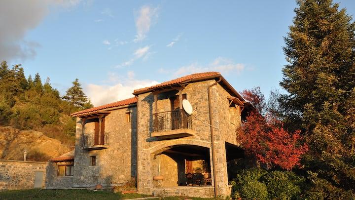 6 bedroom stone house - Kastraki Vacations House