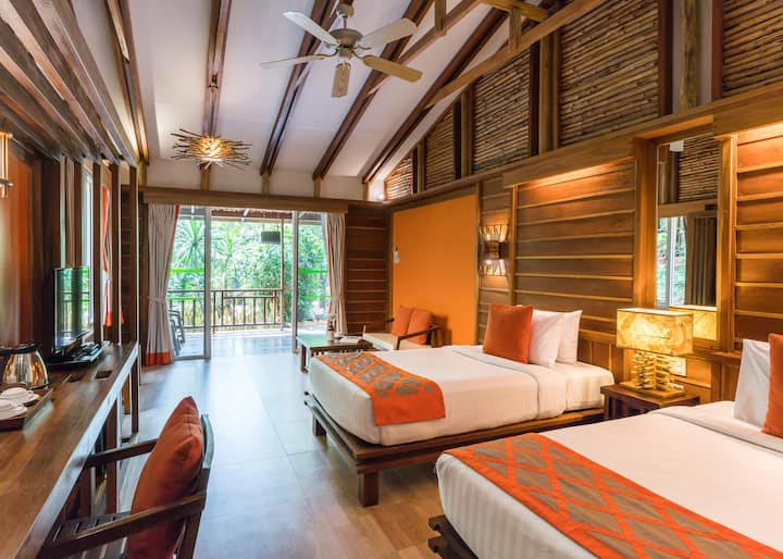 Deluxe Elegant Home nearby The River Kwai