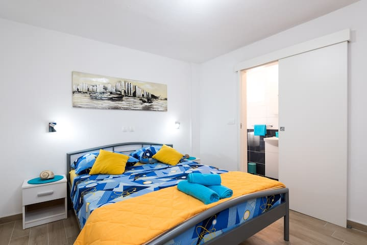 Brand New Cosy Bedroom(2+0) TROGIR :) - Trogir - Annat