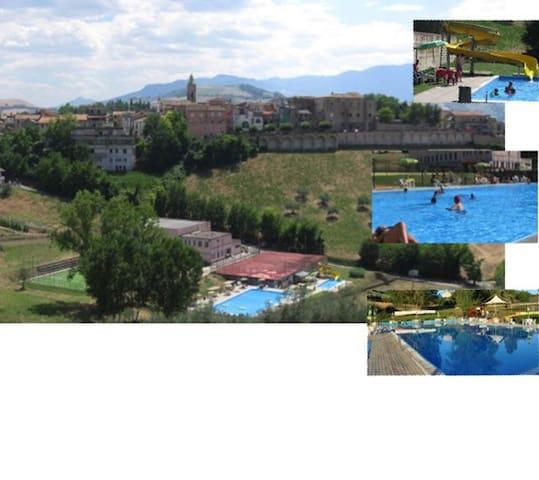 piscina e c benessere, 20 m mare - Castilenti
