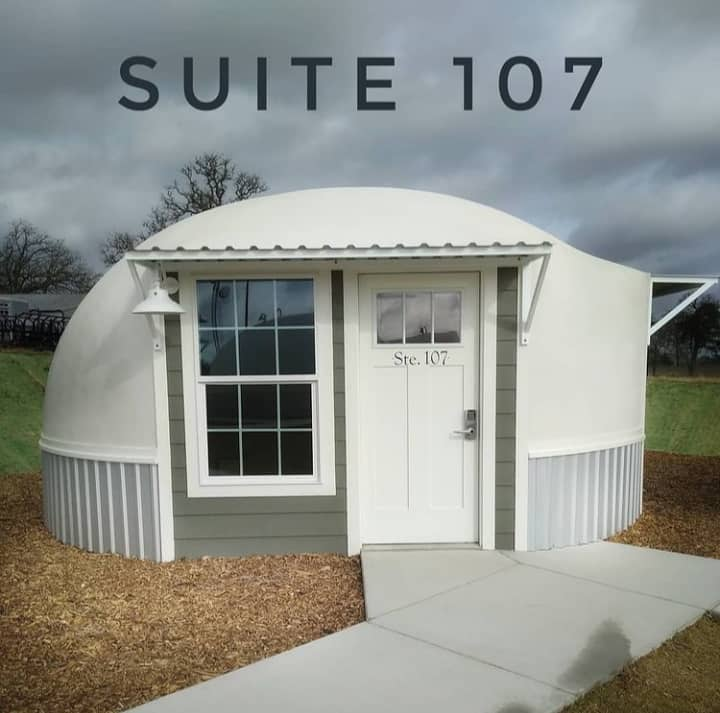Country Dome Suites -Suite 107