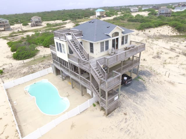 High Lot With Ocean and Sound Views!  *Pool, spa, pool table* 4WD REQUIRED