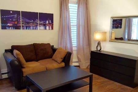 Your place to visit NYC/Newark #A - Newark - Wohnung