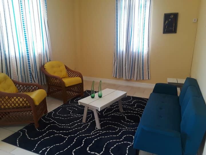 1 Bedroom Coastal Retreat w/cool Atlantic Breeze