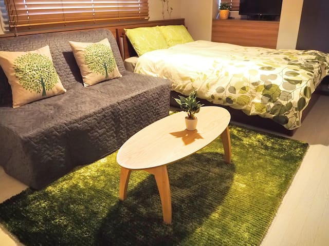 Shinsaibashi station and mall is near, Wifi ready! - 大阪市 - Apartamento