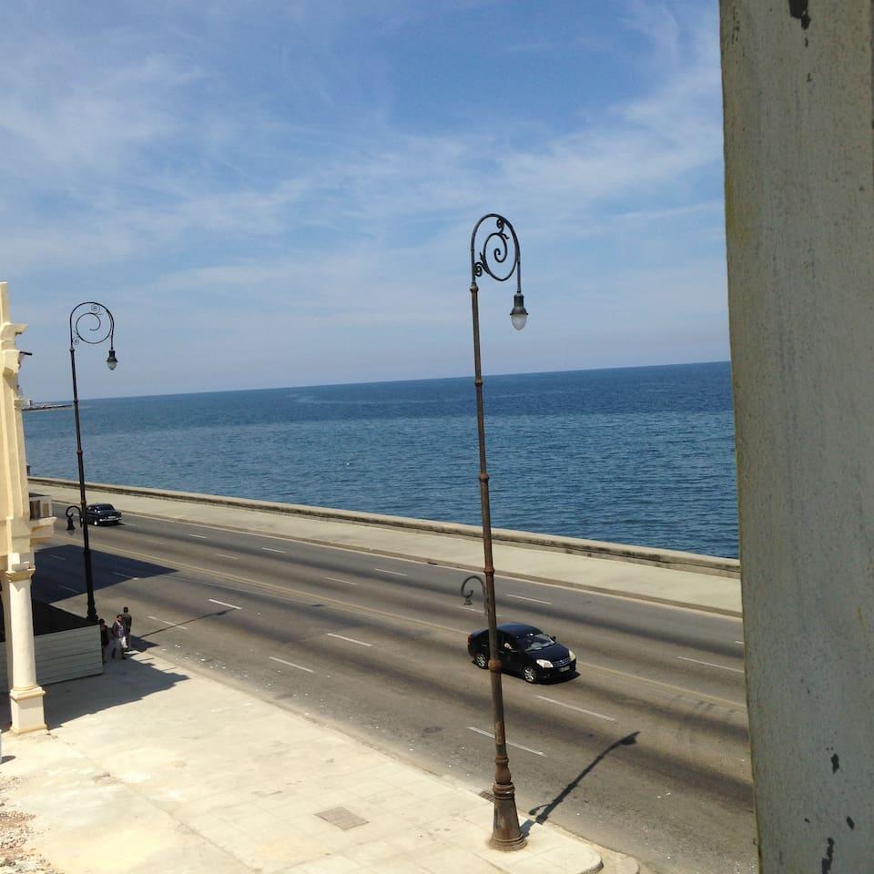 Magical B & B by the Sea Havana