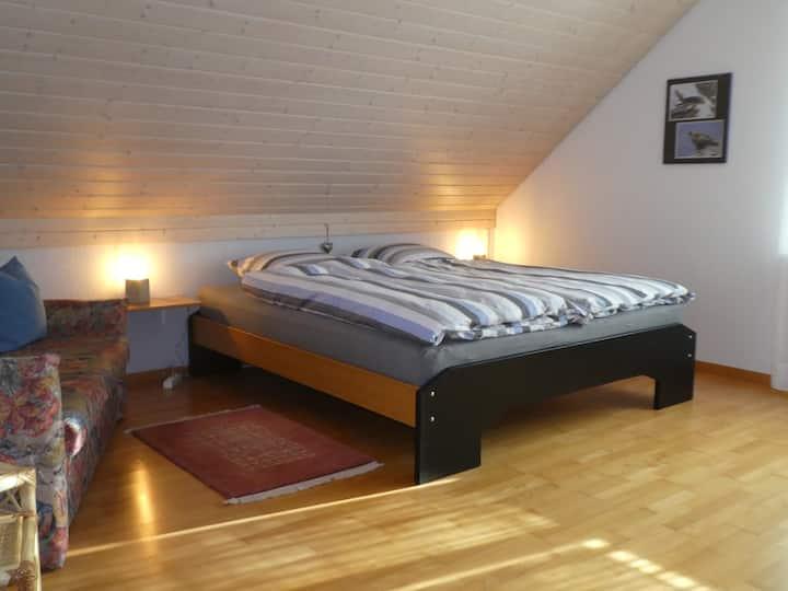 Doppelzimmer in gemütlichem Landhaus mit Gästebad