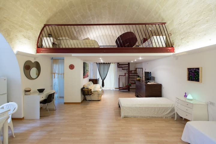 TipicalHouse in Center, close Sassi - Matera - Apartment