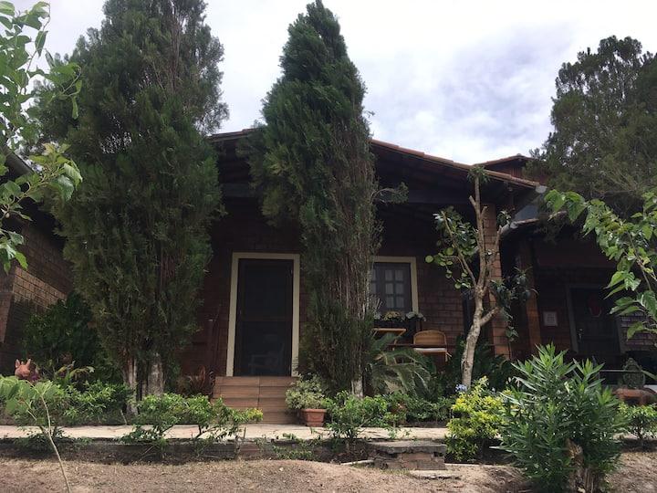 Casa Paraíso das Bromélias