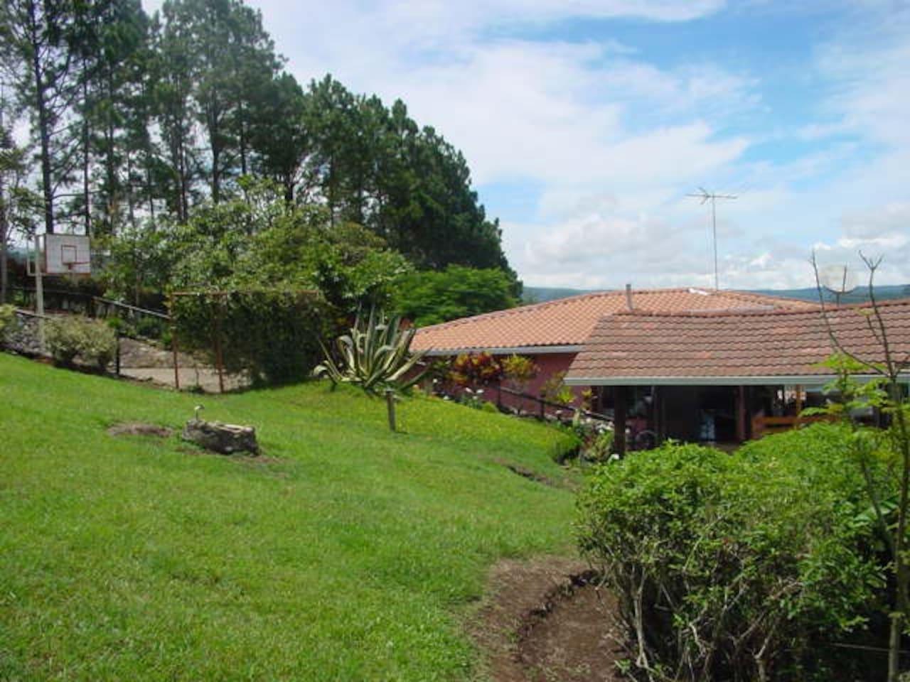 Peaceful eco-villa w/ views!