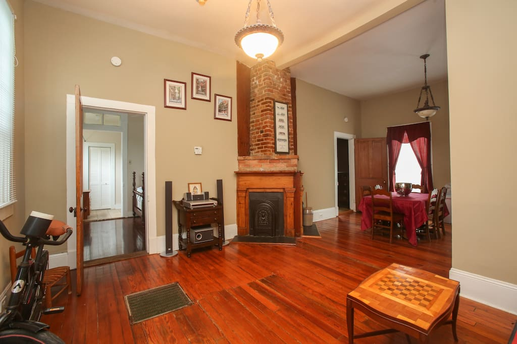 Gorgeous Spacious Home Garden District Near Zoo Apartments For Rent In New Orleans