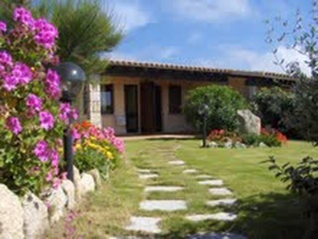 Villetta a schiera con giardino - Santa Teresa Gallura - Apartment