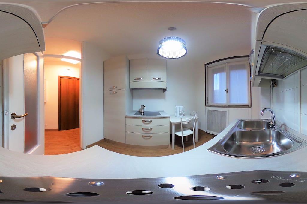 Cucina vista a 360 | Kitchen with 360 views