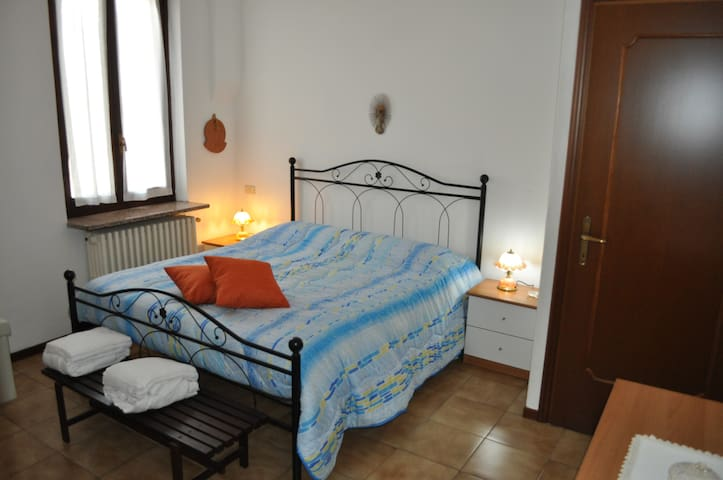 casa billa cascina giulia pavia - Pavia - Bed & Breakfast