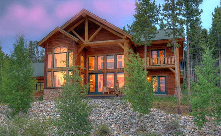 Timber heights lodge private home case in affitto a for Affitto cabina breckenridge co