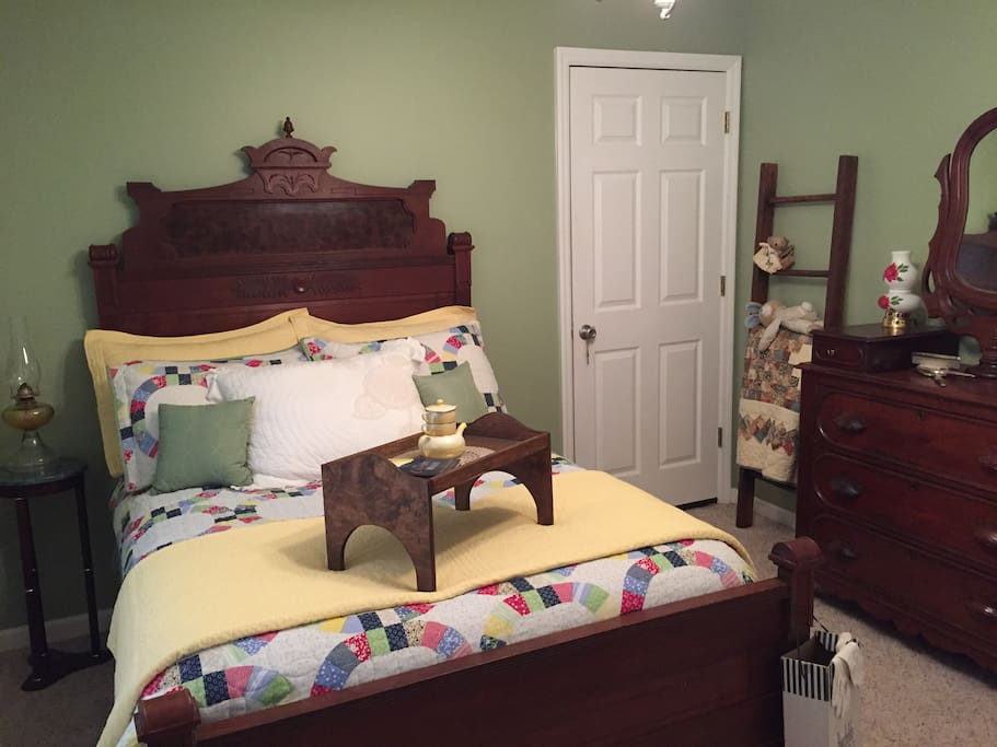 Guestroom with ample drawer space
