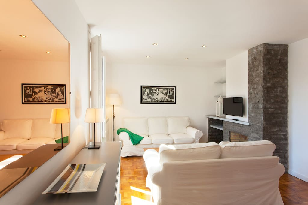 Barcelona Apartment For Rent Plaza Catalunya