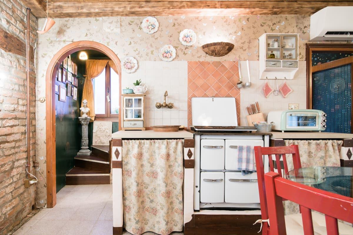 Ca' de Pilar - Curatissima casa storica nella splendida Isola di Burano