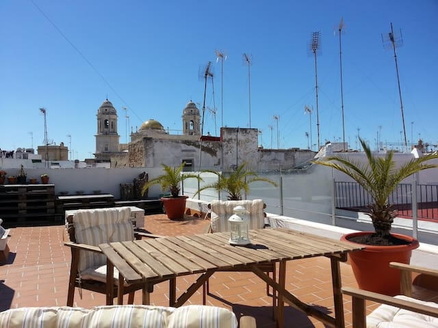 Renovated appartment with terrace - Cádiz - Apartament