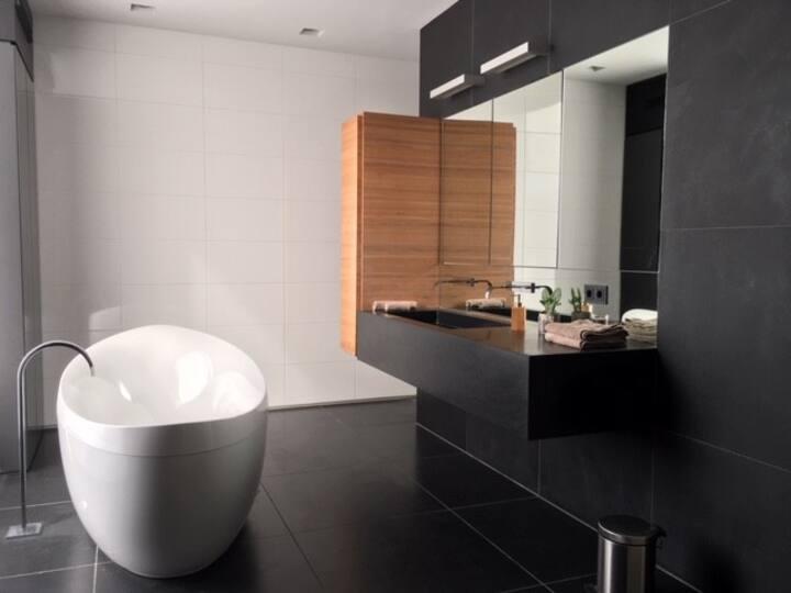 B&B Boxtel, luxe kamer met airco en eigen badkamer