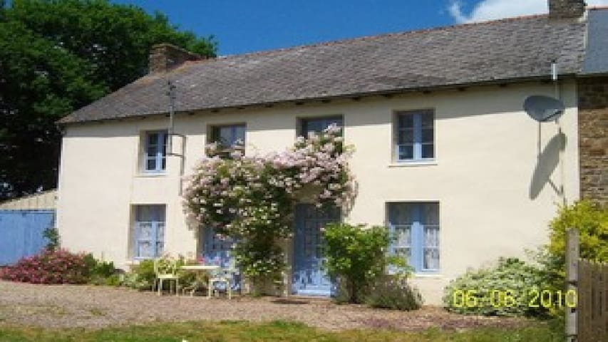Beau Maison Brittany