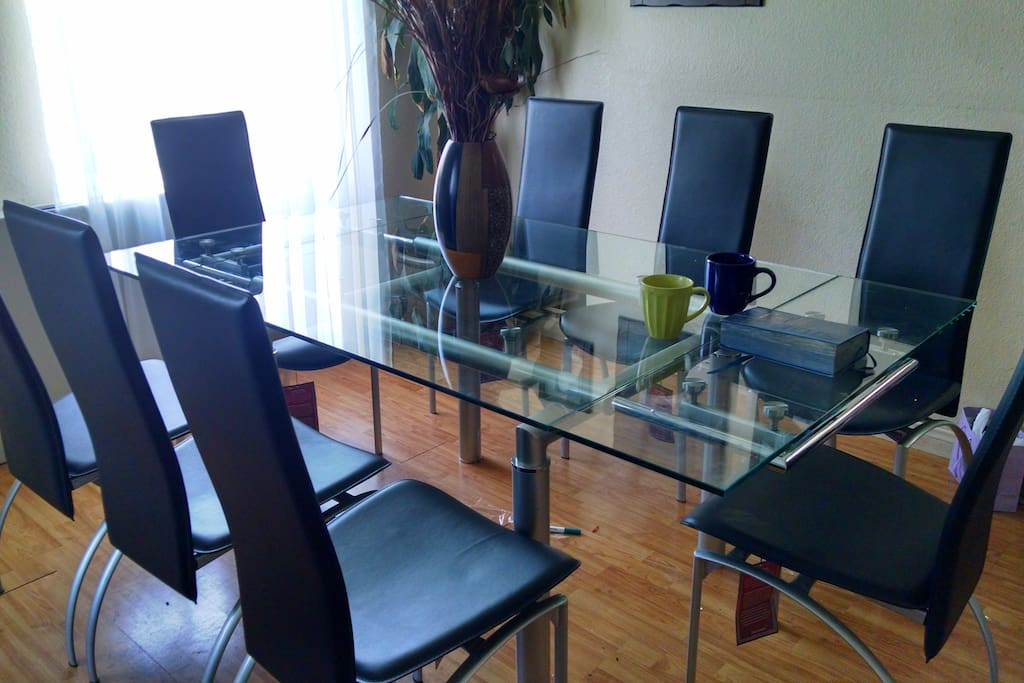 New table and chairs were added.
