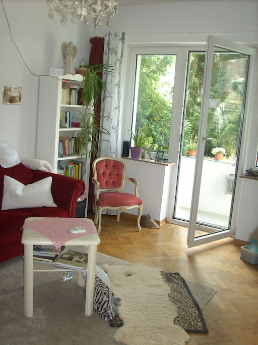 wohlf hloase uninah 25qm zimmer appartamenti in affitto a bielefeld nordrhein westfalen. Black Bedroom Furniture Sets. Home Design Ideas